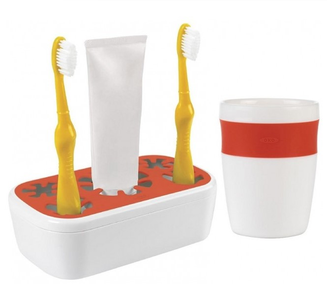 OXO Tot Rinse Cup in Orange