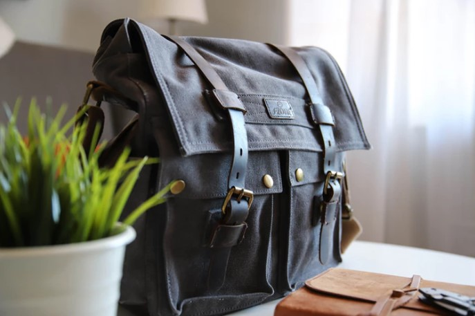 Hospital bags for dads