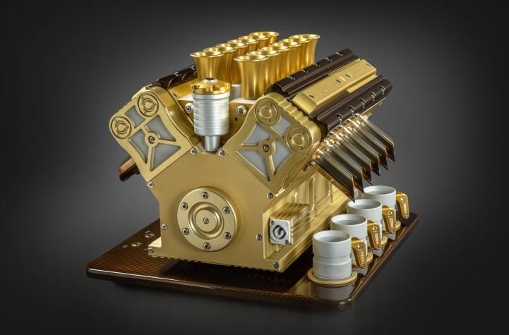 Super Veloce's Royale 01 espresso machine