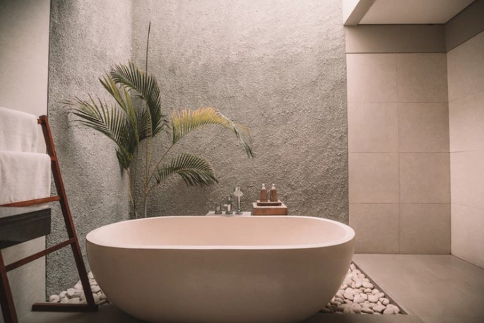 6 Things in Your Bathrooms That Are Freaking Out Potential Buyers