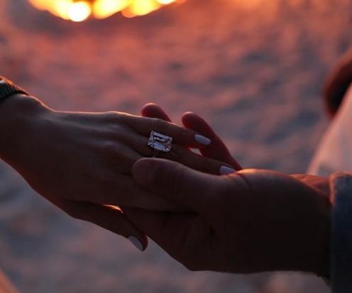 Jennifer Lopez & Alex Rodriguez Engaged