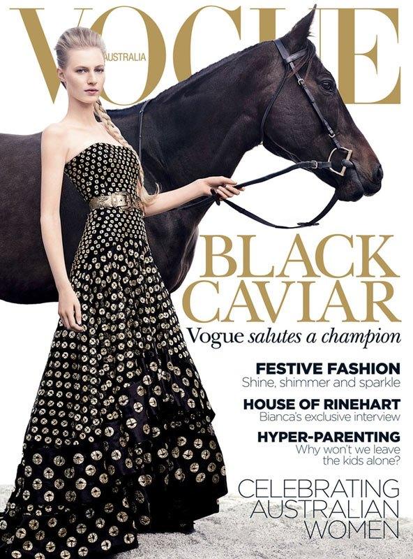 julia-nobis-equestrian-horse-vogue-