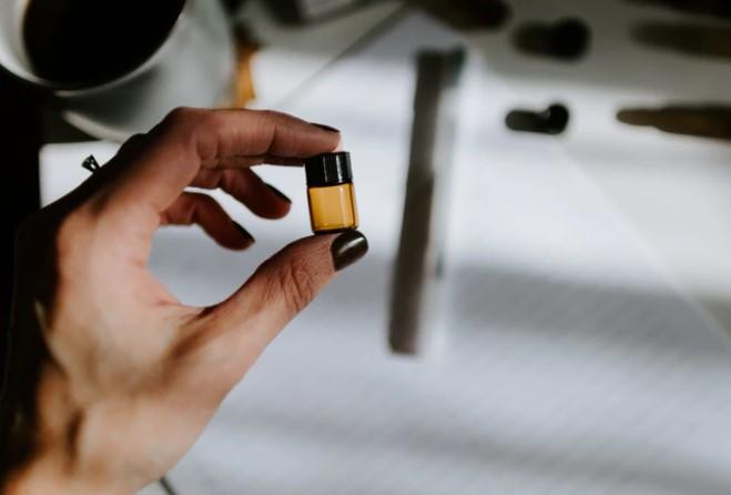 FDA OKs Generic Nasal Spray for Opioid Overdose
