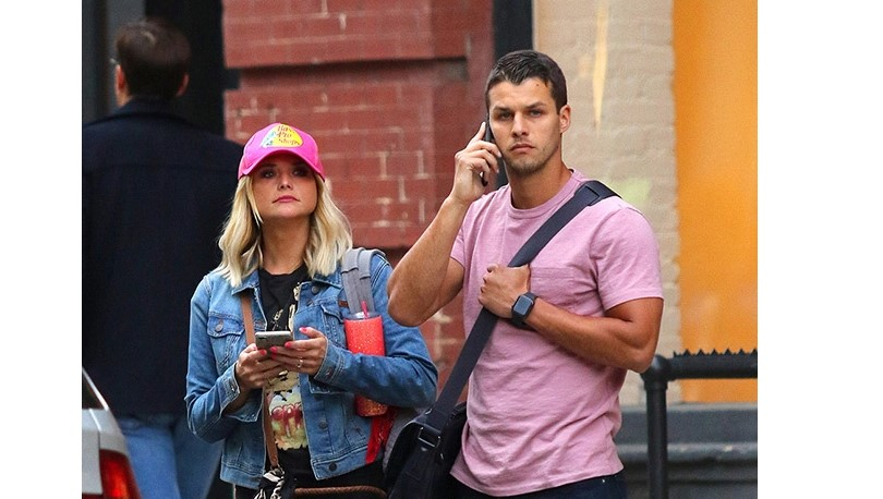 Miranda Lambert & New Husband Spotted During Rare NYC Outing — New Pic Of The Couple