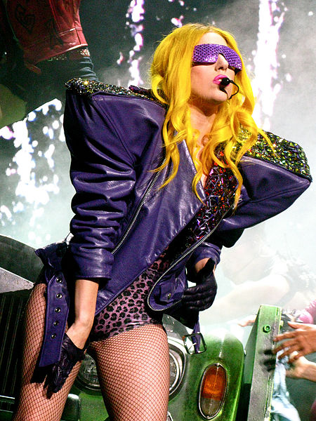 Lady Gaga blows the roof off Apollo Theater show