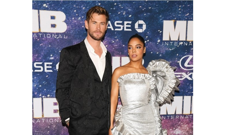 'Men In Black International' NYC Premiere Chris Hemsworth & Tess Thompson Stun On Red Carpet