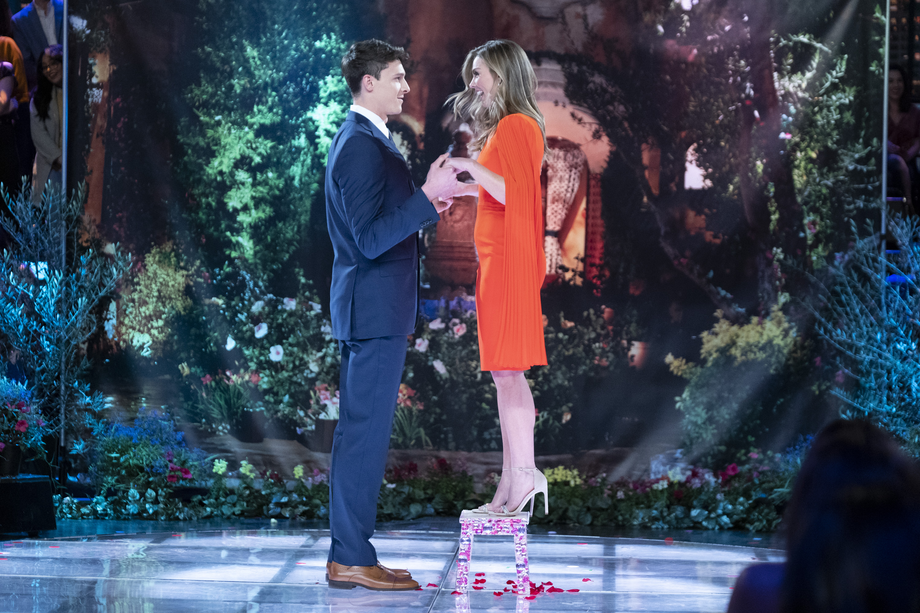 The Bachelorette Hannah Tells Controversial Contestant She's Falling in Love with Him
