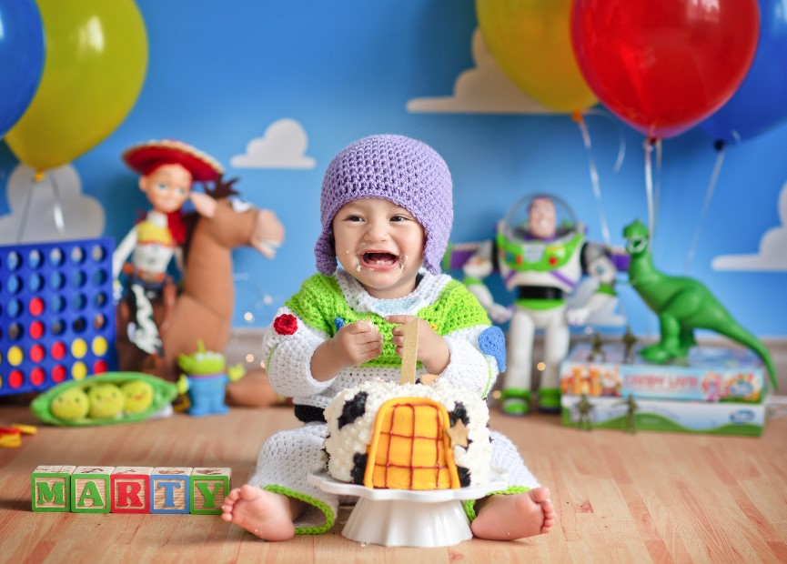 California Mom Gives Newborn Twins a Toy Story-Themed Photo Shoot — and It's Beyond Adorable