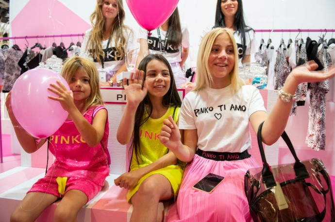 THE MINI-ME COLLECTIONS OF PINKO UP