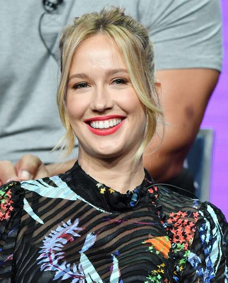 Anna Camp Reflects on Finding Herself After Skylar Astin Divorce