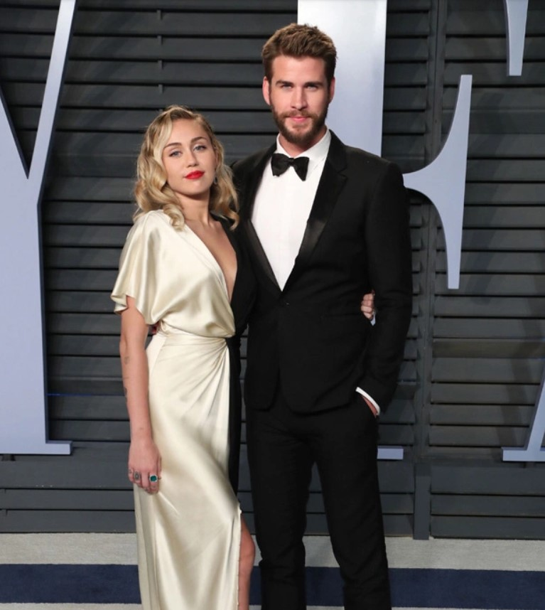 Miley Cyrus & Liam Hemsworth's Relationship Timeline: From Meeting On 'The Last Song' To Divorce