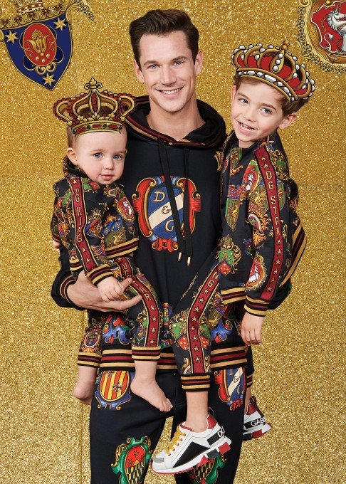 dolce-and-gabbana-winter-2020-minime-collection-20-486x680