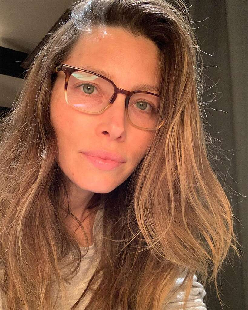 Jessica Biel Shares a Makeup-Free Selfie for a Great Cause