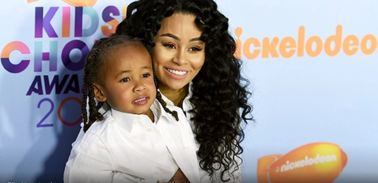 Dream Kardashian, 2, Helps Brother KingCairo, 6, Build A Fort & Gives Blac Chyna AKiss In Cute Videos