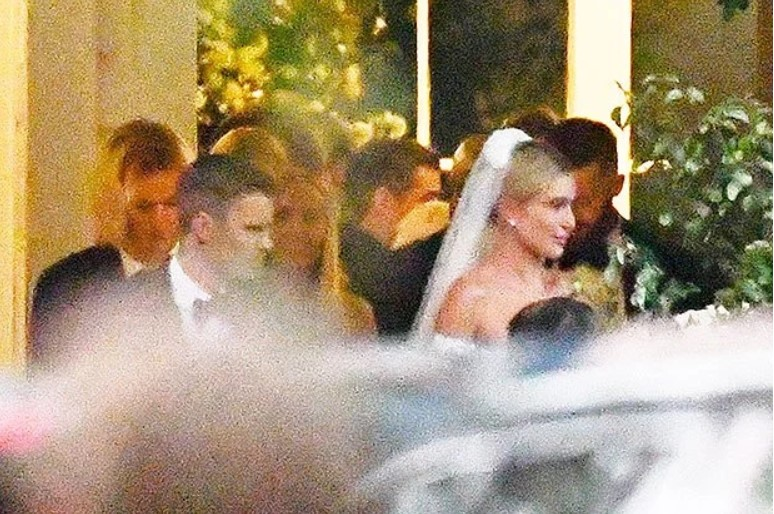 Hailey Baldwin's Wedding Dress: SheWeds Justin Bieber In GorgeousOff-The-Shoulder Gown