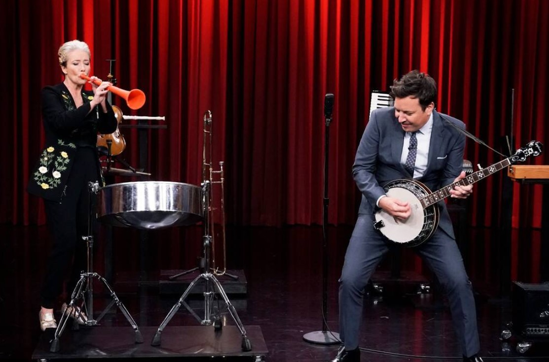 Emma Thompson's Recorder Performance Will Give You Elementary School Flashbacks
