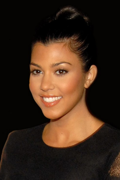 Kourtney Kardashian Finds Out Who Stole $5,200 & Hacked Her on KUWTK