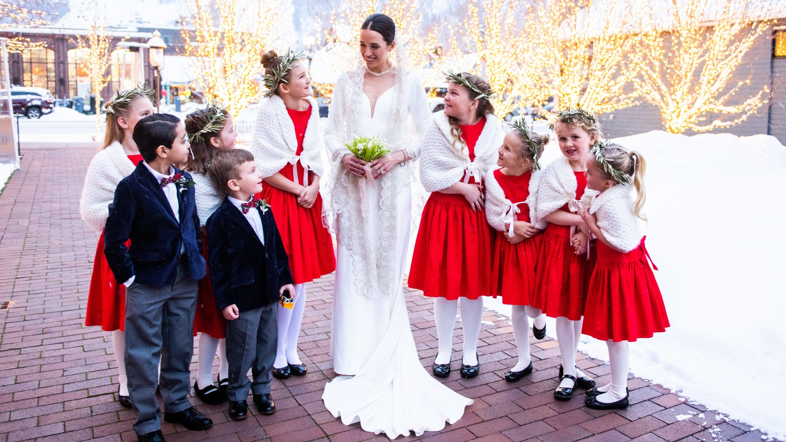"""A """"Ski Bride"""" Gown Was the First Look at This Winter Wedding in Aspen"""