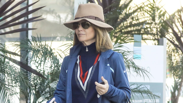 Lori Loughlin Keeps A Low Profile In Hat &Sunglasses After Daughter Olivia Jade'sFake Resume Surfaces