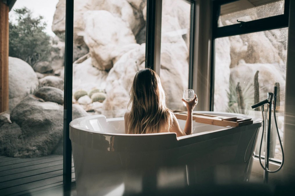 Taking a bath isn't just relaxing. It could also be good for your heart, study says