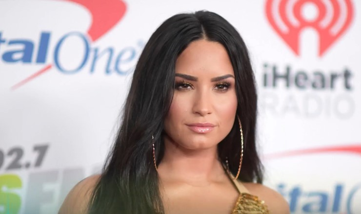 Demi Lovato Crashes Max Ehrich's Instagram Live Amid Budding Romance